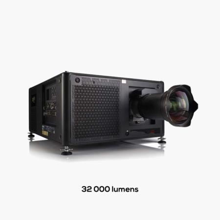32 000 lumens